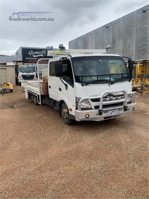 2012 Hino 300 Series 717 Crew - Trucks for Sale
