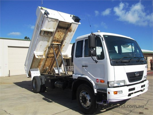 2010 UD other Trucks for Sale