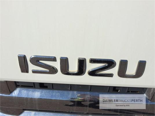 2015 Isuzu NPR 400 Daimler Trucks Perth - Trucks for Sale