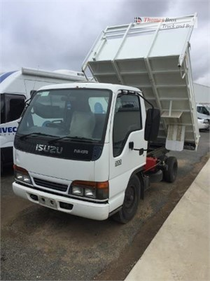 2000 Isuzu NKR 200 Short Thomas Bros Truck & Bus  - Trucks for Sale