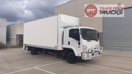 2011 Isuzu FRR 600 Trade Price Trucks - Trucks for Sale