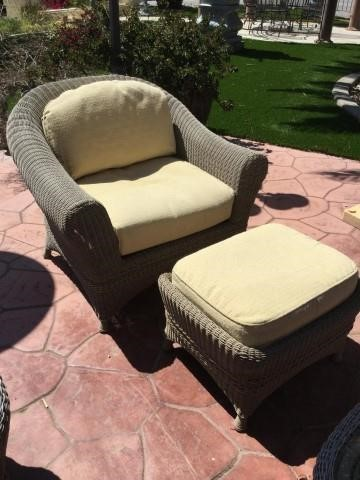 Outstanding Outdoor Patio Wicker Chair With Ottoman Triple Seven Auctions Ibusinesslaw Wood Chair Design Ideas Ibusinesslaworg