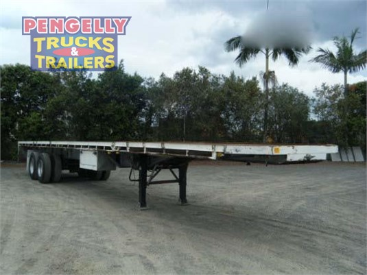 1968 Freighter Flat Top Trailer Pengelly Truck & Trailer Sales & Service - Trailers for Sale