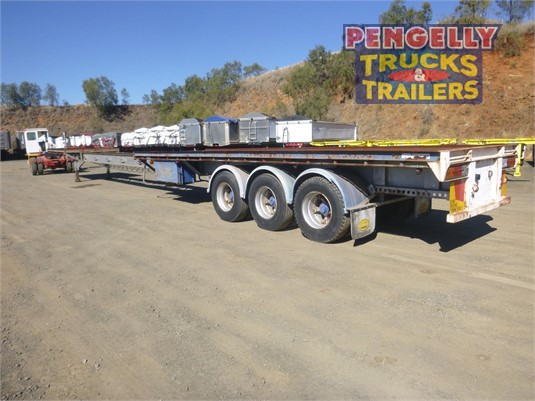 1969 Freighter Flat Top Trailer Pengelly Truck & Trailer Sales & Service - Trailers for Sale