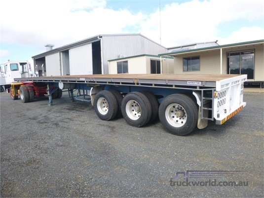 2011 Southern Cross Flat Top Trailer Trailers for Sale