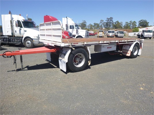 2005 Moore Flat Top Trailer - Trailers for Sale