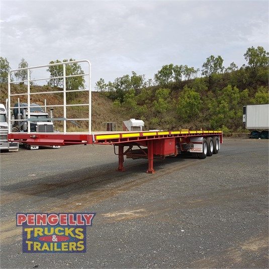 2014 Howard Porter Flat Top Trailer Pengelly Truck & Trailer Sales & Service - Trailers for Sale