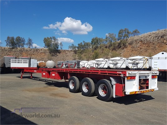 2011 Barker Flat Top Trailer Trailers for Sale