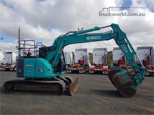 2013 Kobelco SK135SR Excavators - Tracked