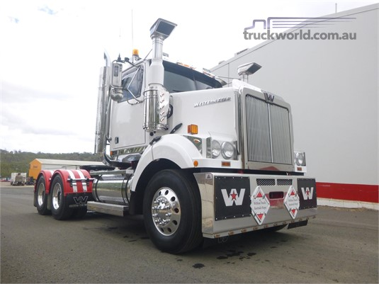 2015 Western Star 4864FX Trucks for Sale