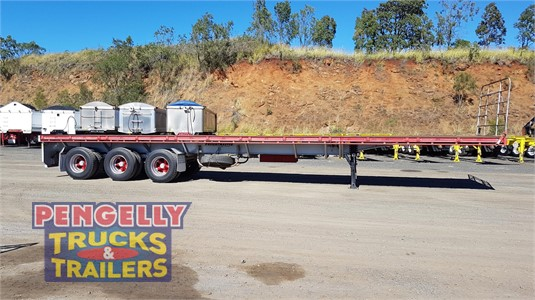 2011 Freightmaster Flat Top Trailer Pengelly Truck & Trailer Sales & Service - Trailers for Sale