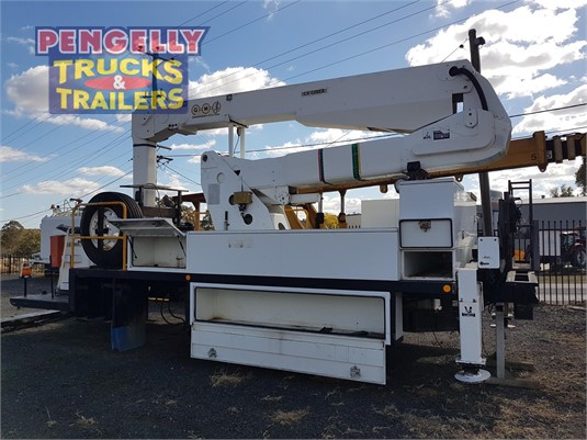 2008 GMJ Equipment LLF16.350 EWP Pengelly Truck & Trailer Sales & Service - Truck Bodies for Sale