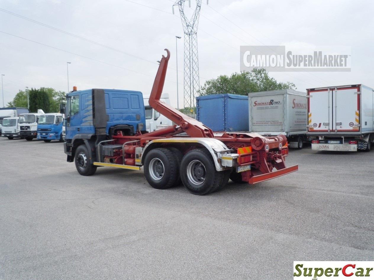 Iveco EUROTRAKKER 380E44 Usato 2003
