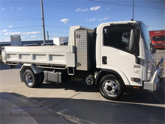 2013 Isuzu NPR Trucks for Sale