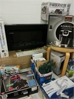 12/20/2014 Absolute Auction - Holiday, Seasonal, Toys, Home
