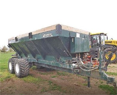 LANCO MFG Dry Fertilizer Applicators For Sale - 5 Listings