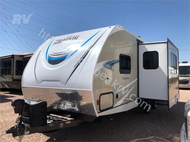 COACHMEN FREEDOM EXPRESS ULTRA LITE Travel Trailers For Sale