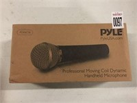 PYLE PROFESSIONAL MOVING HANDHELD MICROPHONE