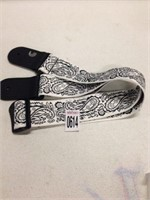 PLANET WAVES 2 INCH PAISLEY WHITE GUITAR STRAP