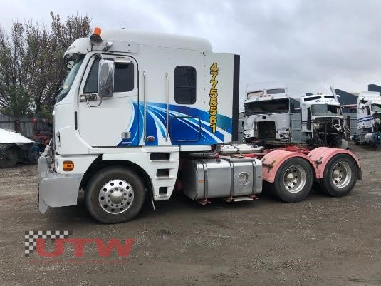 2010 Freightliner Argosy Universal Truck Wreckers - Wrecking for Sale