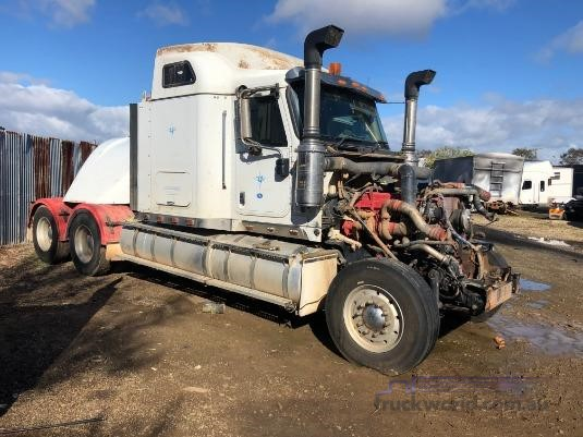 2009 International 9900i Eagle - Wrecking for Sale
