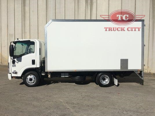 2013 Isuzu NPR 200 Medium AMT Truck City - Trucks for Sale