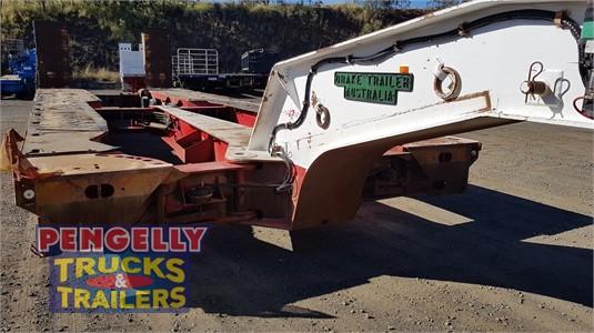 2006 Drake Low Loader Platform Pengelly Truck & Trailer Sales & Service - Trailers for Sale