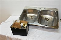 "Metal Double Sink 31.5""x20.5"""