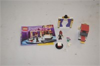 Lego (41001) Mia's Magic Tricks with Manual