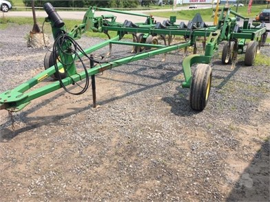 JOHN DEERE 2400 For Sale - 8 Listings | TractorHouse com