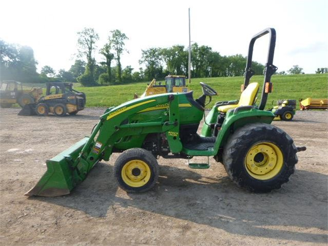 Lieblings EquipmentFacts.com | 2012 JOHN DEERE 3320 Online Auctions @SS_95