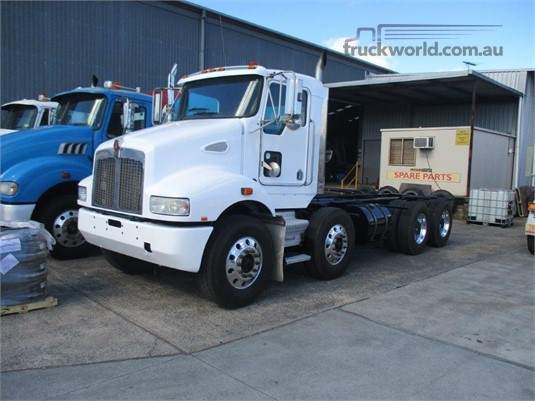 2010 Kenworth T358  - Trucks for Sale
