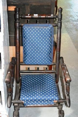 Wondrous Antique Dexter Style Platform Rocking Chair With Bargain Gmtry Best Dining Table And Chair Ideas Images Gmtryco