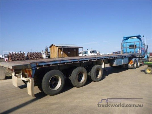 1997 Blinco Convertible Trailer Western Traders 87 - Trailers for Sale