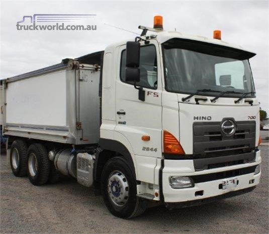 2012 Hino 700 Series 2844 FS - Trucks for Sale