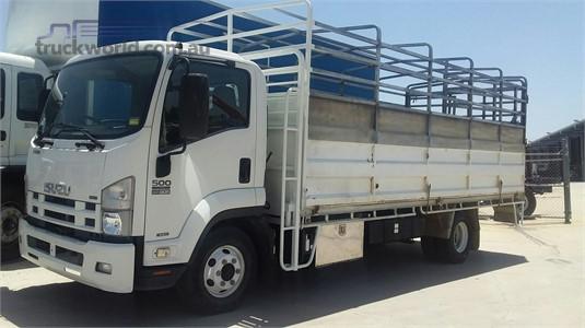 2010 Isuzu FRR 500 AMT - Trucks for Sale