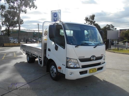 2015 Hino 300 Series 616 Medium Auto Trucks for Sale