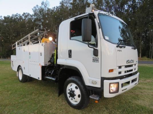 2013 Isuzu FSS 550 4x4 - Trucks for Sale
