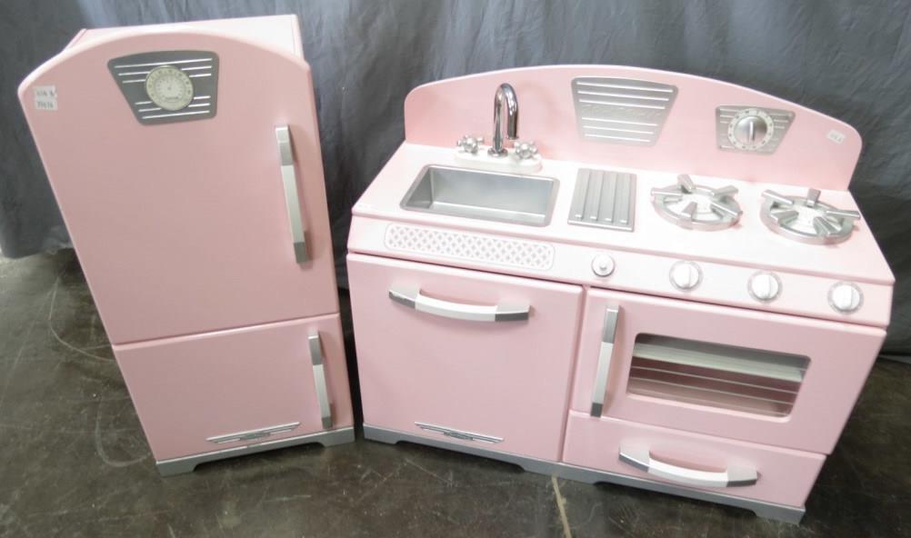 Kid Kraft Pink Retro Style Child S Kitchen Set Idaho Auction Barn