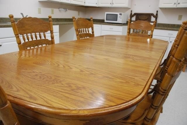 Solid Oak Shin Lee Dining Table With 6 Chairs Go2guysauction Com