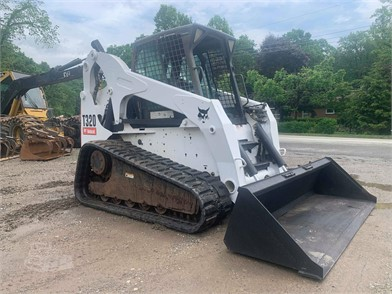 Skid Steers For Sale By Signature Equipment - 58 Listings