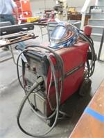Lincoln Power Mig 255C Welder