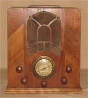 2014,06,13 Online Antique & Vintage Radio Auction