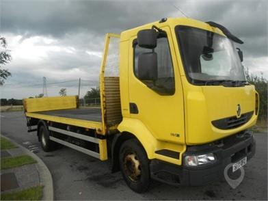 2010 RENAULT MIDLUM 180 at TruckLocator.ie