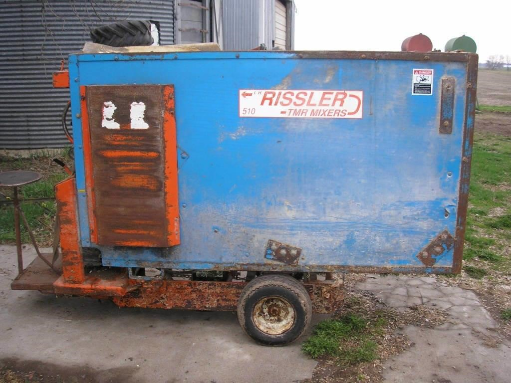 Rissler 510 TMR Feed Cart | Hager Auction Service