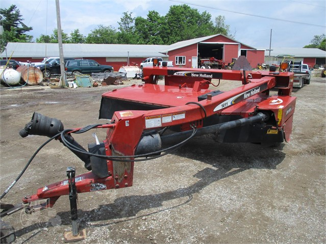 NEW HOLLAND 1411 For Sale In Bellville, Ohio