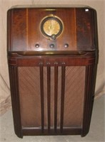2014,05,02 Online Antique & Vintage Radio Auction