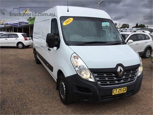 2015 Renault Master Light Commercial for Sale