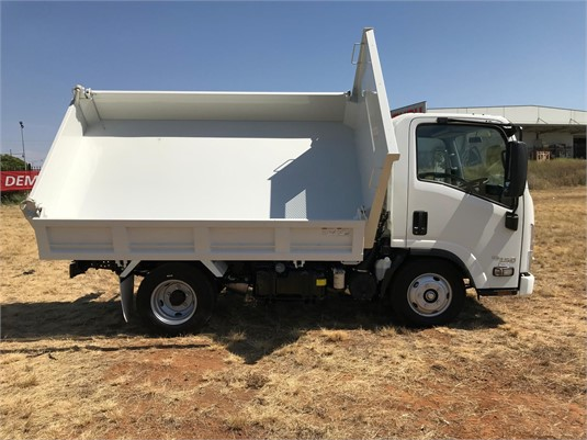 2019 Isuzu NLR 55 150 Tri Tipper - Trucks for Sale