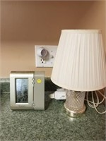 Indoor /Outdoor Thermometer & Lamp